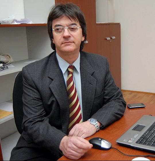 Dr. Zoran Bručić