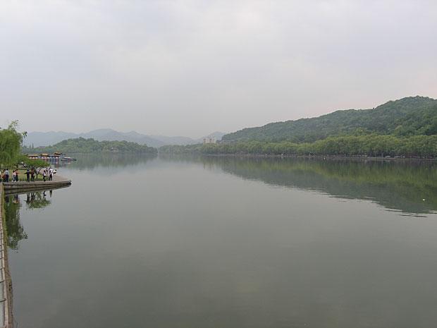 Zahodno jezero XiHu v Hangzhou